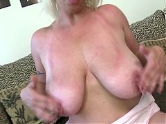 Slutty mom with big saggy tits and very hungry pussy^6:15